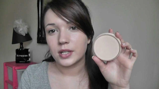 Make-up For Beginners – How To Set your Foundation Step 7
