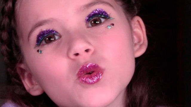 New Years Party Makeup for Kids and Teens by Emma