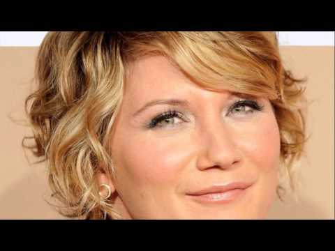 short hair styles for naturally curly hair 2011