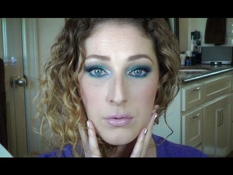 Get Ready With Me! Ft: Wet N Wild's 'Blue Had Me At Hello' Palette